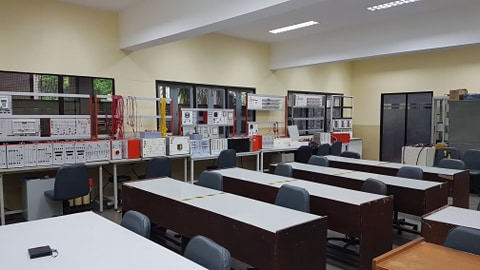ปฏิบัติการระบบไฟฟ้าและการป้องกัน / Power System and Protection Laboratory